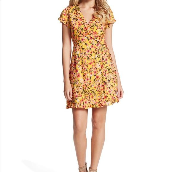 🌟 NWT Jessica Simpson Sade Floral Wrap Dress 🌟